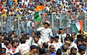 Sachin takes his final bowl!